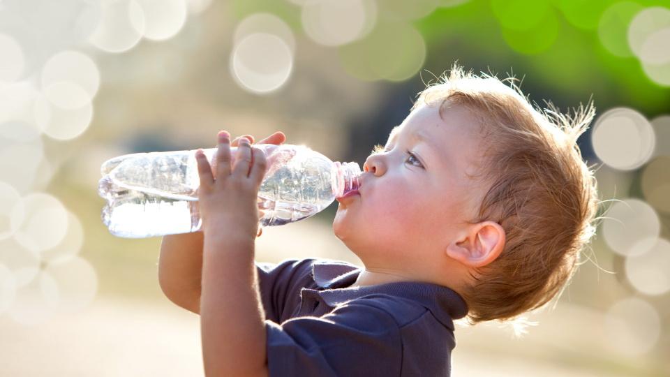 apa curată pentru copii